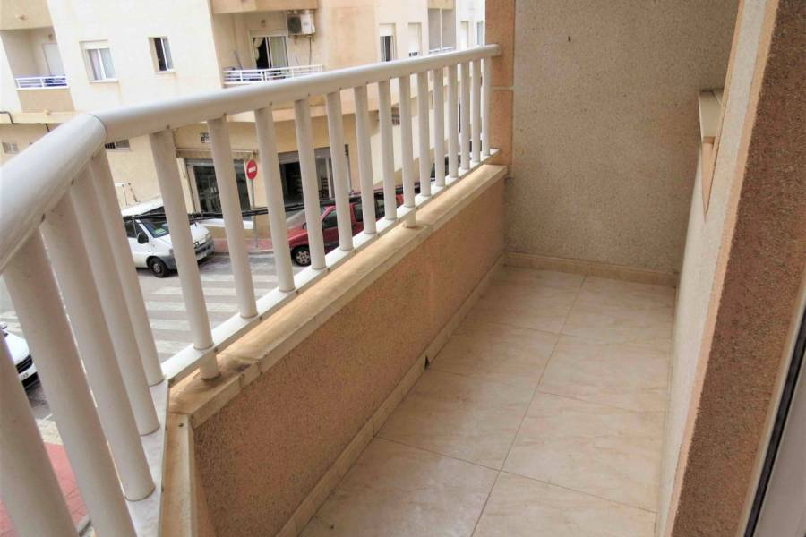 Sale - Apartment - Centro - Torrevieja