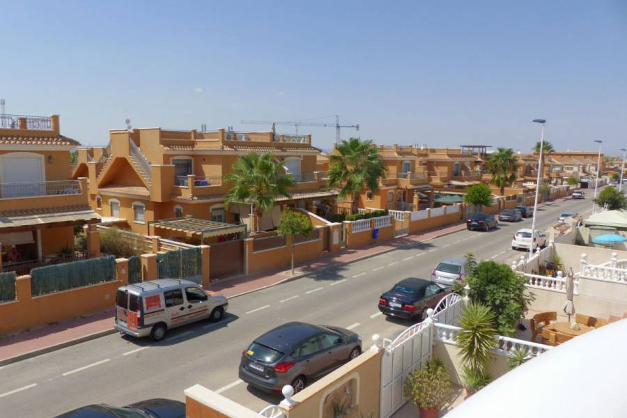 Venta - Bungalow - Sector 25 - Torrevieja